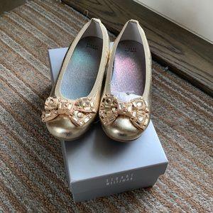 Stuart Weitzman Girl Gold Bow Shoes